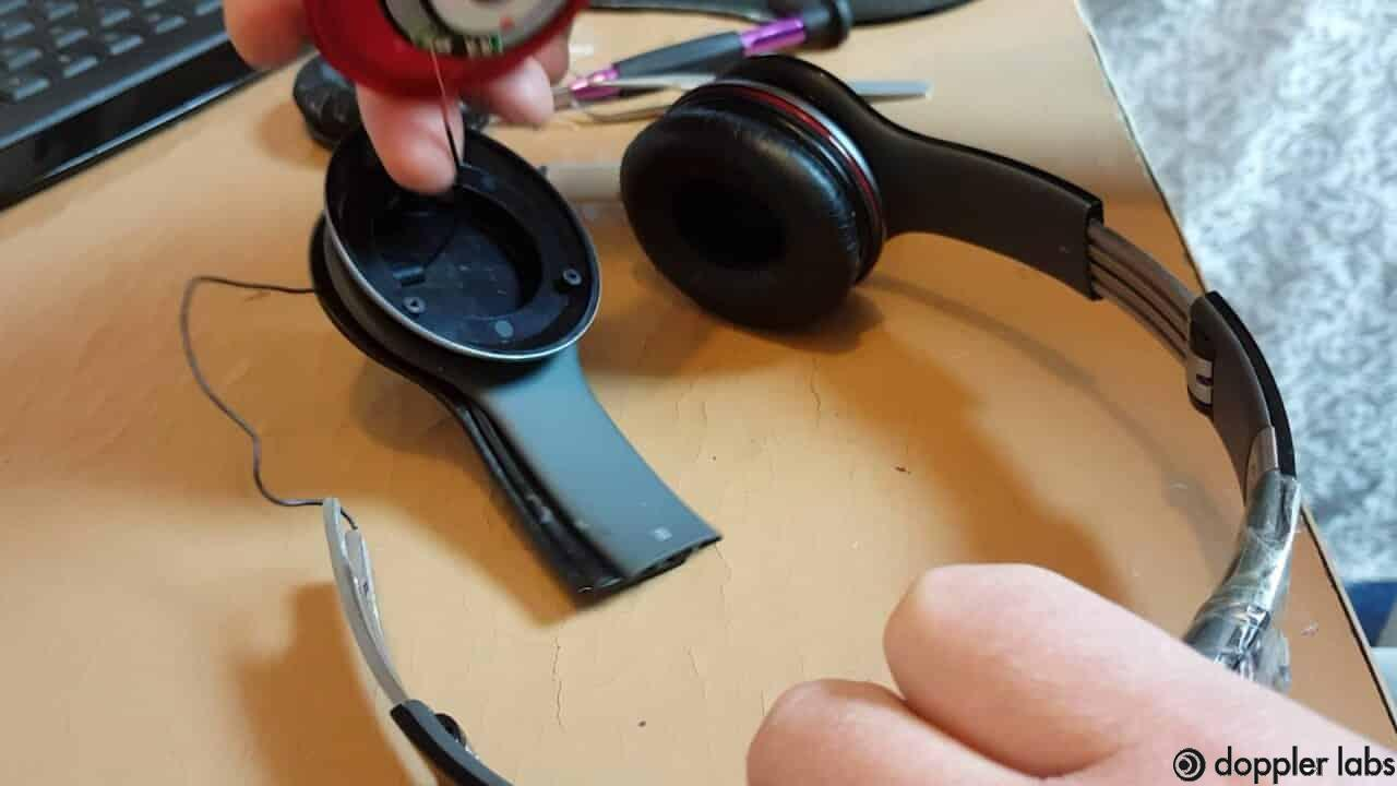 fix wireless Bluetooth Headphones When Only Working On One Side